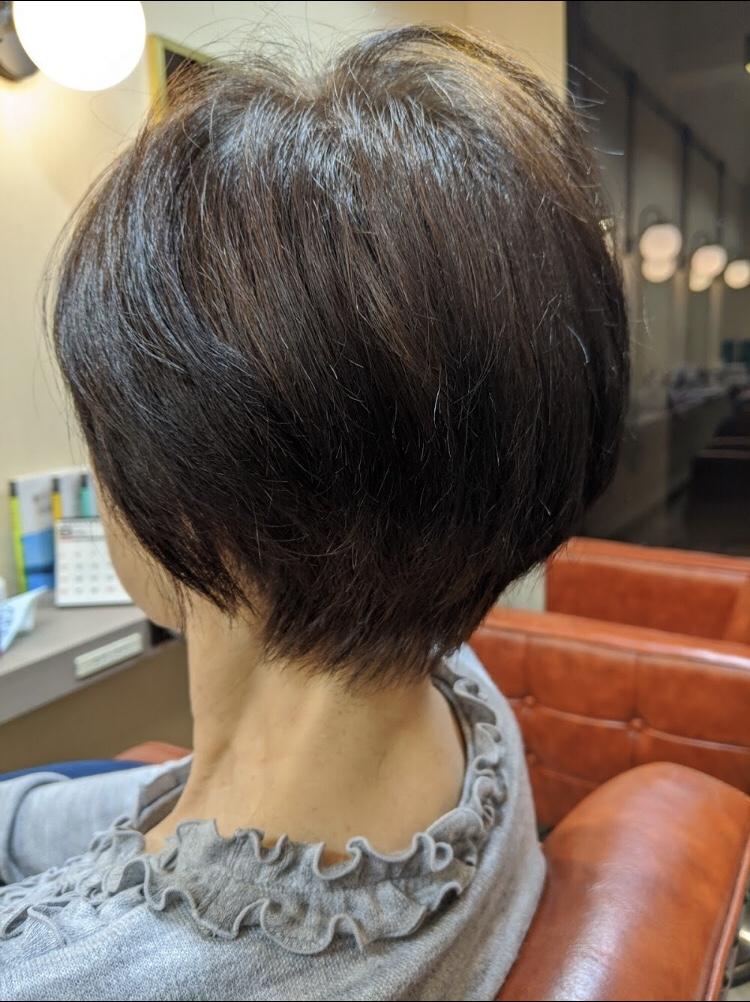 大人のヘアスタイルにはメリハリが必要です